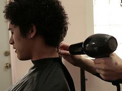 床屋での髪型オーダー